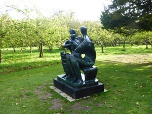 Henry Moore sculpture FAMILY GROUP
